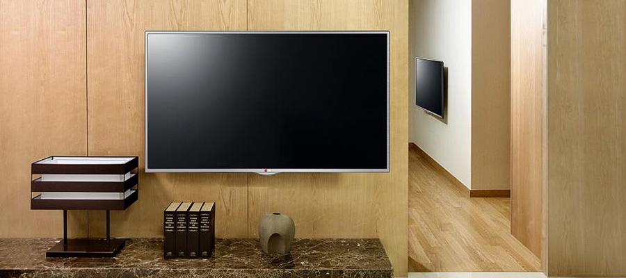 거실에 설치된 LG TV 사진