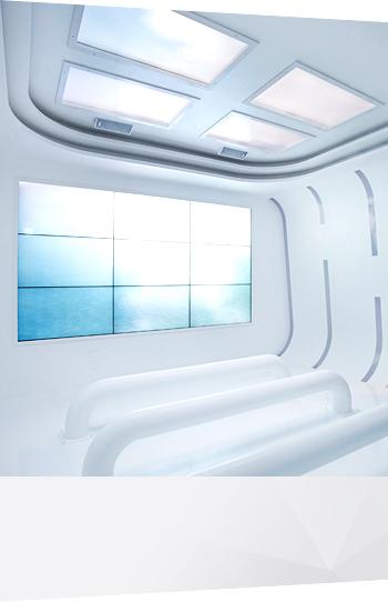 IPS 패널을 사용해 어느 각도에서 보아도 선명하고 깨끗한 화면으로 감상이 가능한 LG 3D사이니지. 일반 2D 영상도 3D로 변환하여 입체 영상으로 감상이 가능한 것이 특징이다.