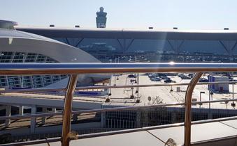 인천공항 제2여객터미널을 빛낼 LG 디지털 사이니지